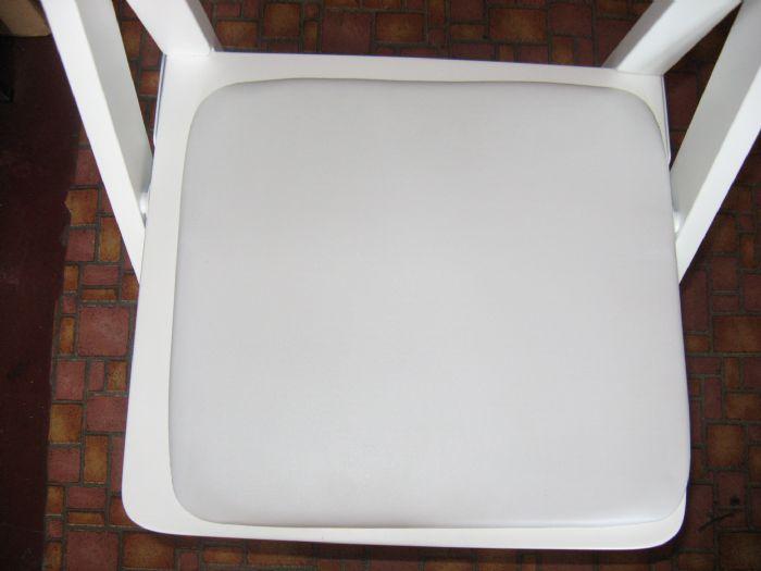 מושב לכיסא עץ מתקפל